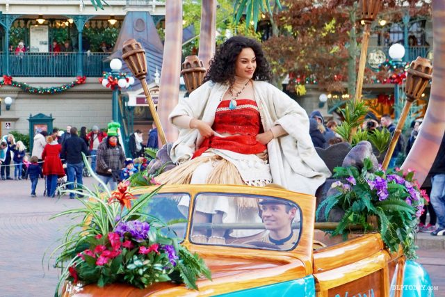 Moana makes her first ever Disney Parks character appearance at Disneyland Paris