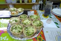 whole grain tartas at the cafe at El Galpón