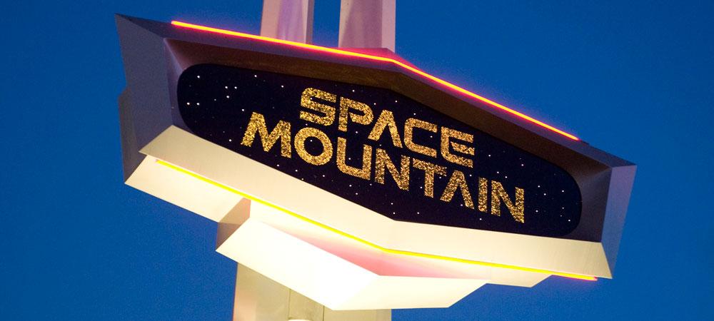 https://i2.wp.com/dlr1.wdpromedia.com/media/dlr_nextgen/MediaPlayer/attractions/detail/alt/space-mountain_alt.jpg
