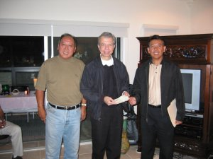 """<h3> Splash</h3>  Tom Consunji and Manny Noguera hand the association's annual Bahay Pag-Asa donation to Br. Gus Boquer, FSC  <a href=""""http://dlsaanc.org/splash/"""">Bahay Pag-Asa Donation</a>"""