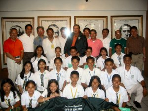 """<h3> Splash</h3>  Rabisa scholars in a group photo with officers of DLSAANC and members of the main sponsoring class, La Salle Lipha HS'75.  <a href=""""http://dlsaanc.org/splash/"""">Rabisa Scholars Group Photo</a>"""