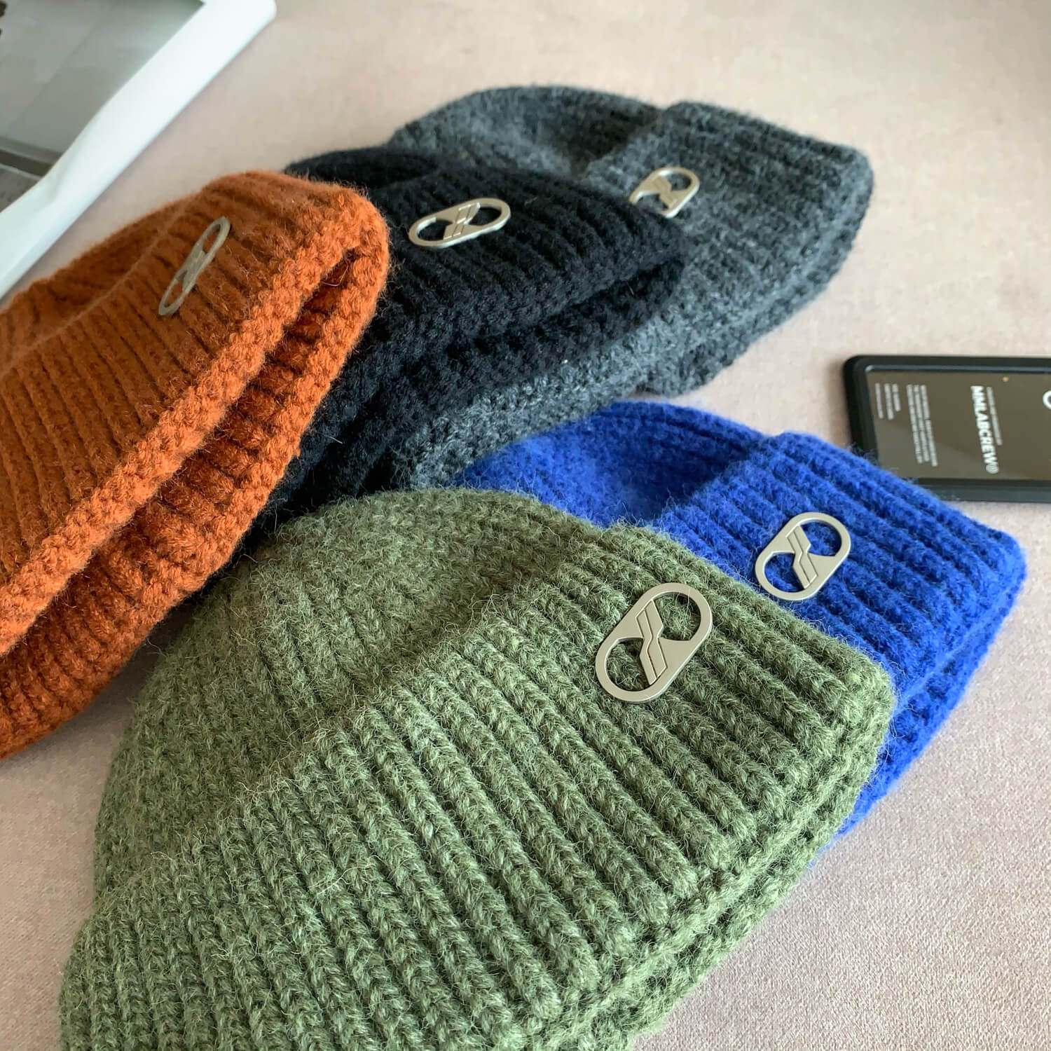 Шапка Cui Layout Solid Colored Knit Hat Designer Element