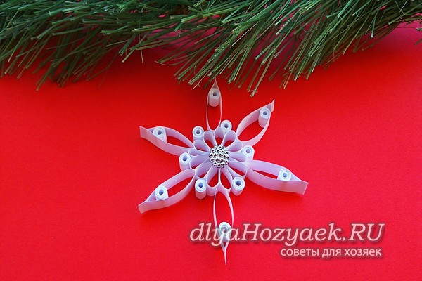 Snowflake sa quilling technique.