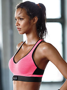 Incredible by Victoria's Secret Heart-rate Monitor Compatible Sport Bra