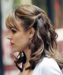 Half-Updo-for-Mid-length-Hair