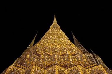 Bangkok | Midnight Prangs | © DM Barlow (2017)