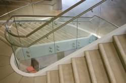 glass-staircase-2