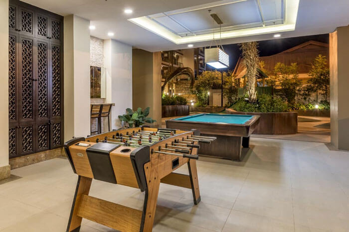 one-castilla-place-Game Room-large