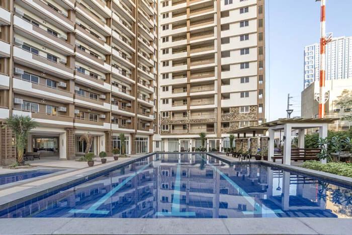 one-castilla-place-Lap Pool-large