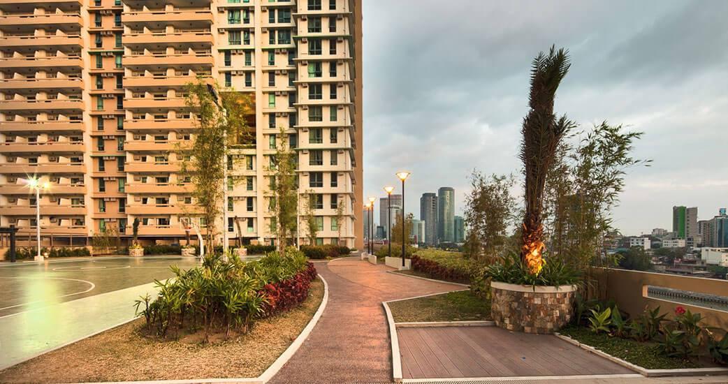 tivoli-garden-residences-View Deck-large