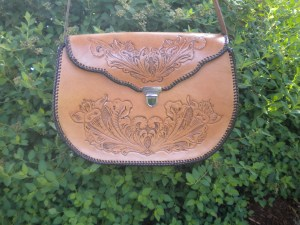 DM Custom Leather – Custom Leather bags and more