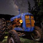Arando estrellas – Un Ebro Super 55 bajo la vía láctea
