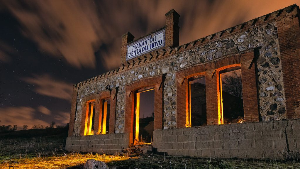 Baños curativos – Visitando el antiguo Manantial Venta del Hoyo