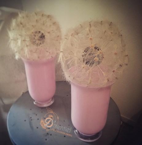 vase rose et pissanlits géants