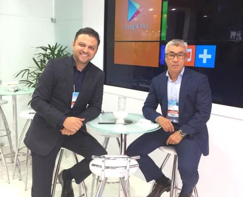Thiago (CEO) e Hiro (Diretor) da DM Refletivos