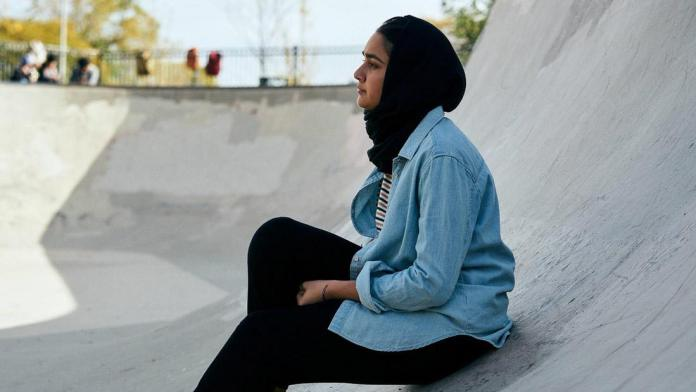 Hala (2019) directed by minhal baig - Review - Desires Hidden Behind The Veil