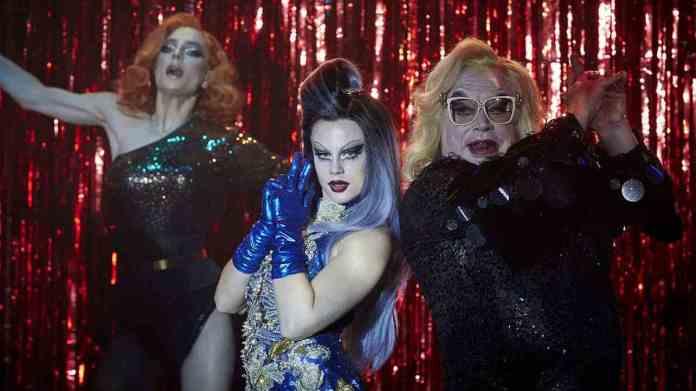 Dancing Queens Summary & Review 2021 Film