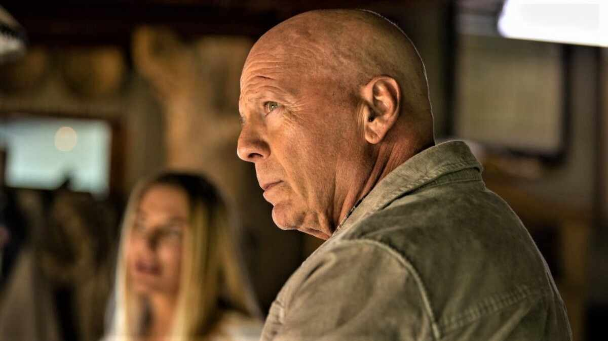 Out of Death Summary & Ending Explained 2021 Film Bruce Willis