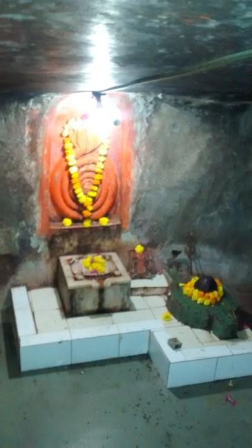 Balram entering Padhal lok