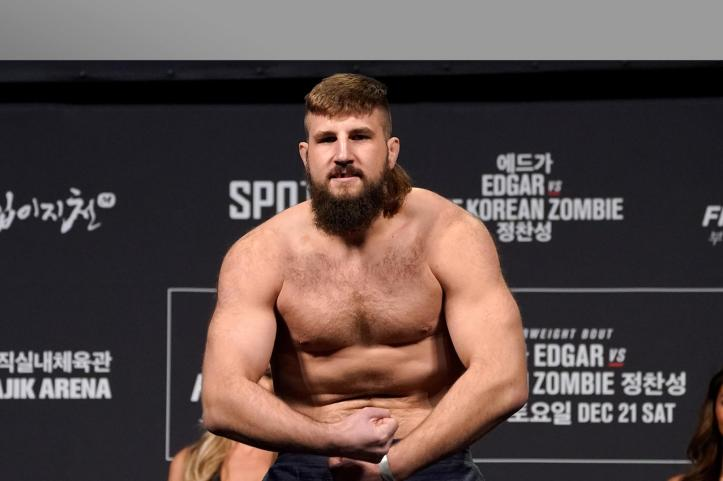No man is bigger than the mullet, never forget it.   Boser vs Latifi