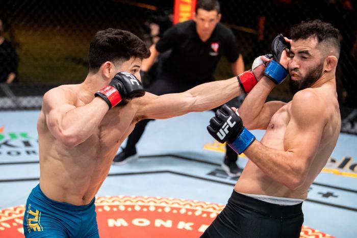 Liudvik Sholinian secured a huge upset victory over TUF favourite, Mitch Raposo   Shore vs Sholinian
