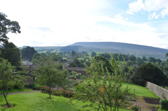 Gardens and Pendle Hill