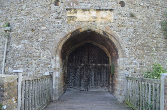 deal castle doors