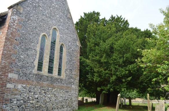 st nicholas ringwould churchyard3