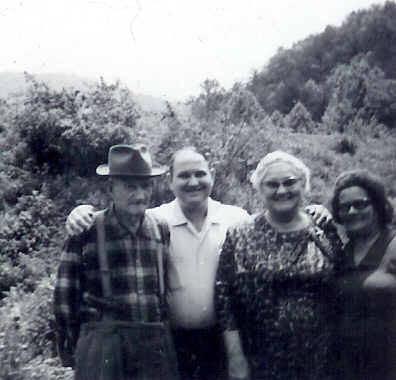 Will Estes, Wayne, Edith and Josephine