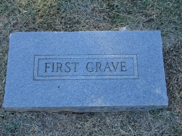 Lazarus Estes first grave