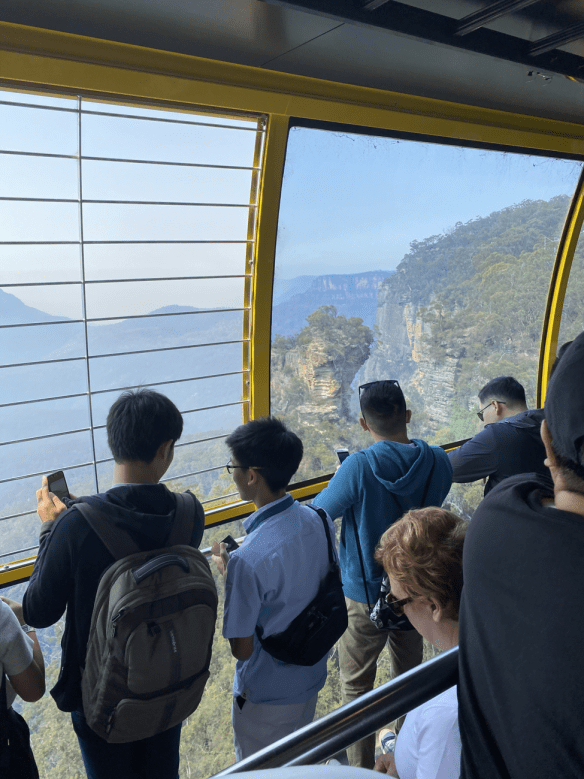 Australia Blue Mountain cable car view.png