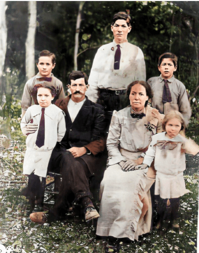 Estes 1910 family enhanced.png