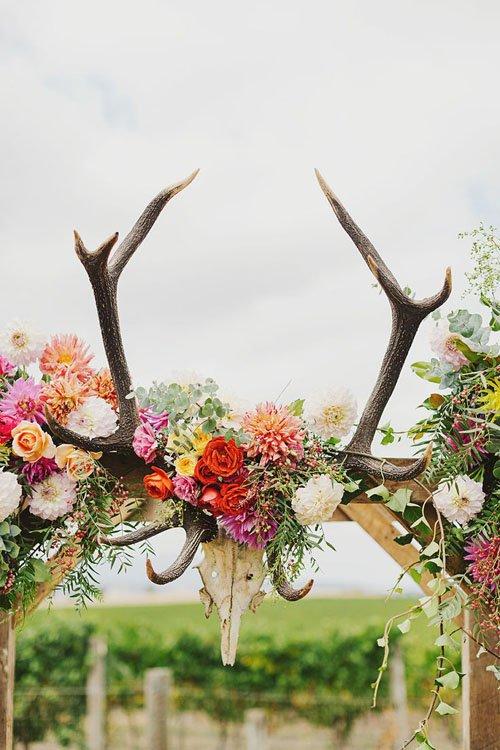 9 FUN IDEAS FOR WEDDING ARCHES