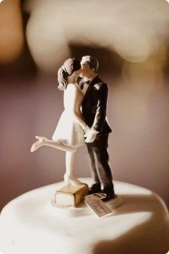 15 Awesome Ideas for Wedding Cake Toppers   Woman Getting Married wedding cake toppers