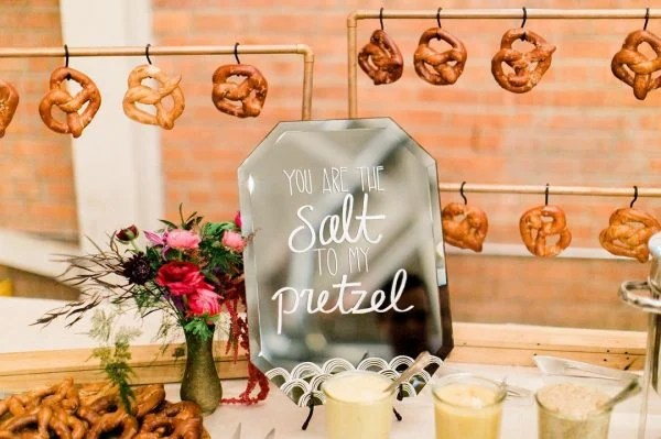 10 Yummy And Unique Ideas For A Wedding Food Bar