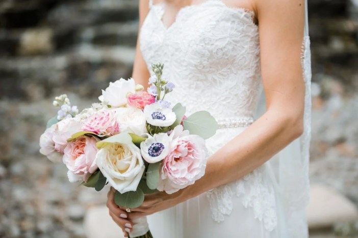 The Most Important Thing to Remember When DIY'ing Your Wedding Flowers