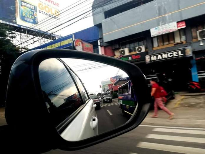 A glimpse of traffic in the city streets on the first day of the General Community Quarantine last month. | DNX file photo.