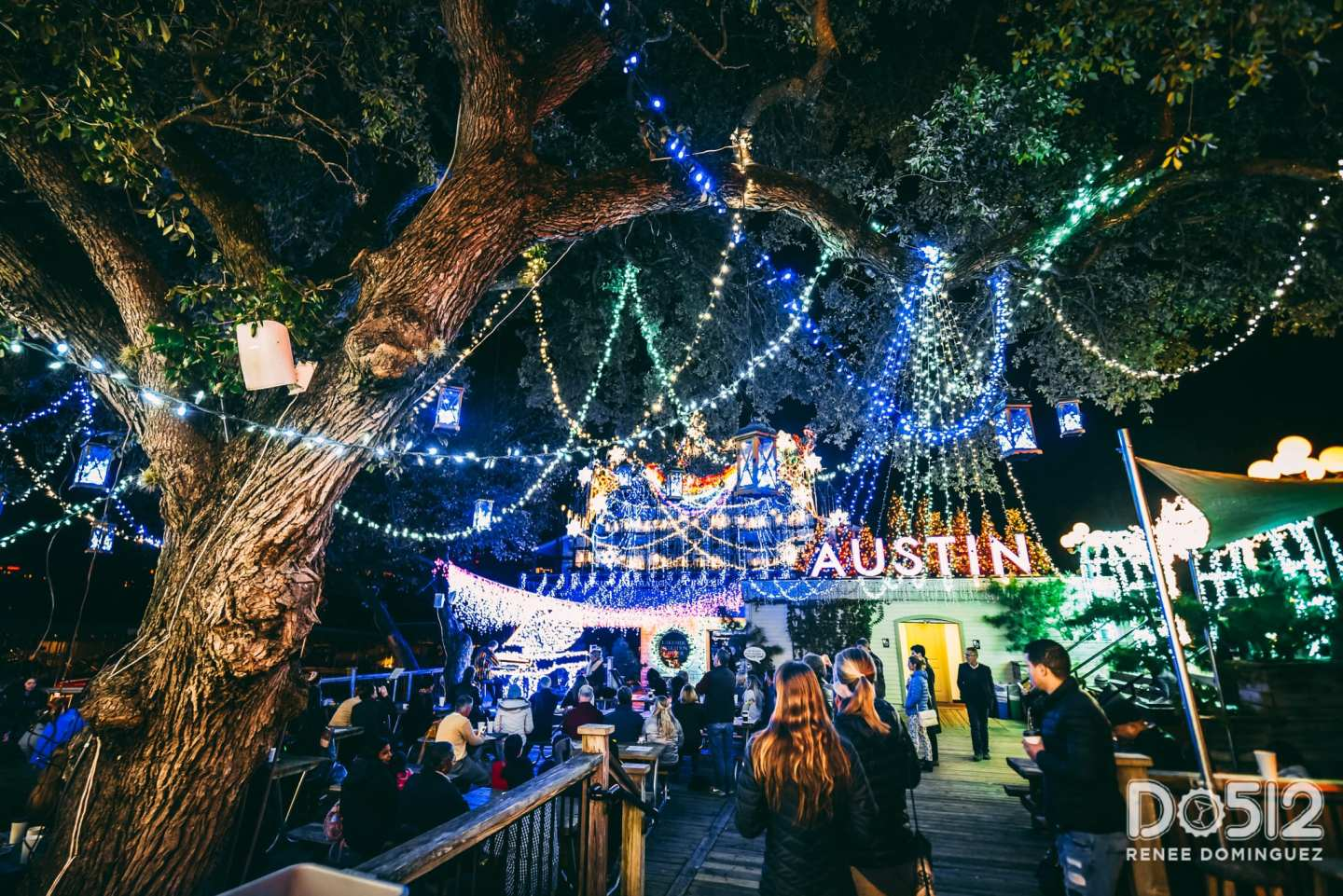 Holiday Lights at Mozart\'s Coffee Roasters – Do512 Family