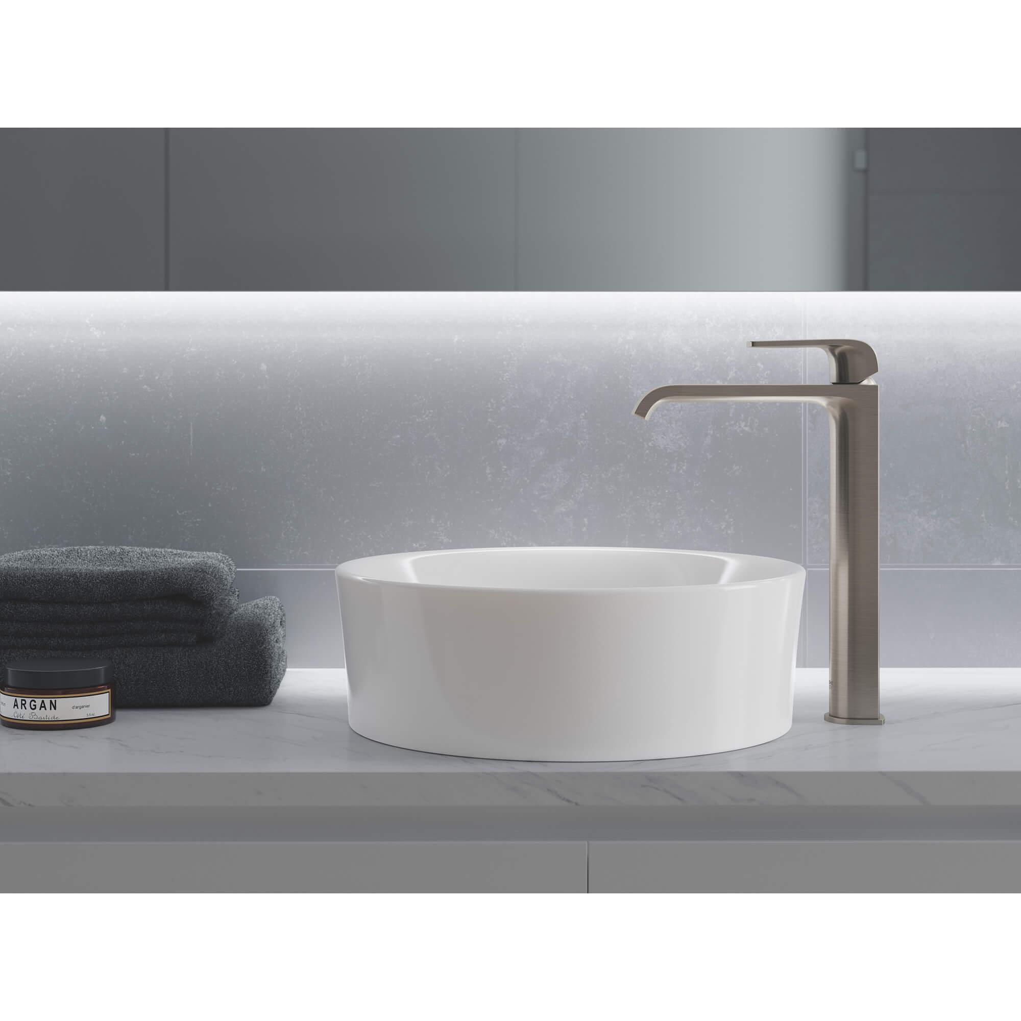 single hole single handle deck mount vessel sink faucet 4 5 l min 1 2 gpm