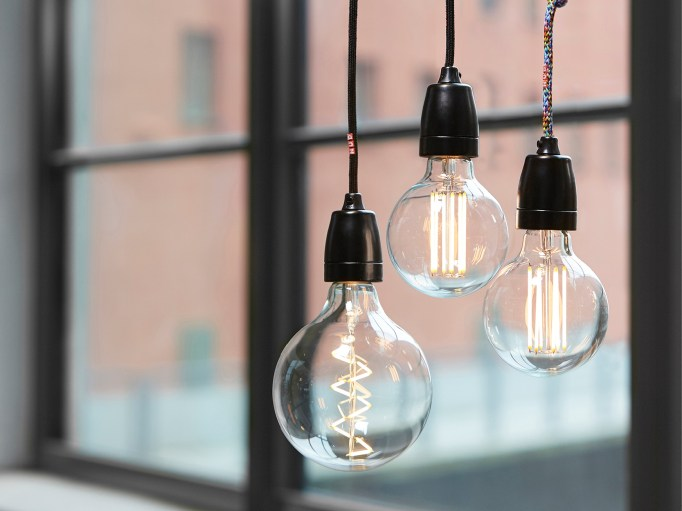 nud_classicblack_lampholder