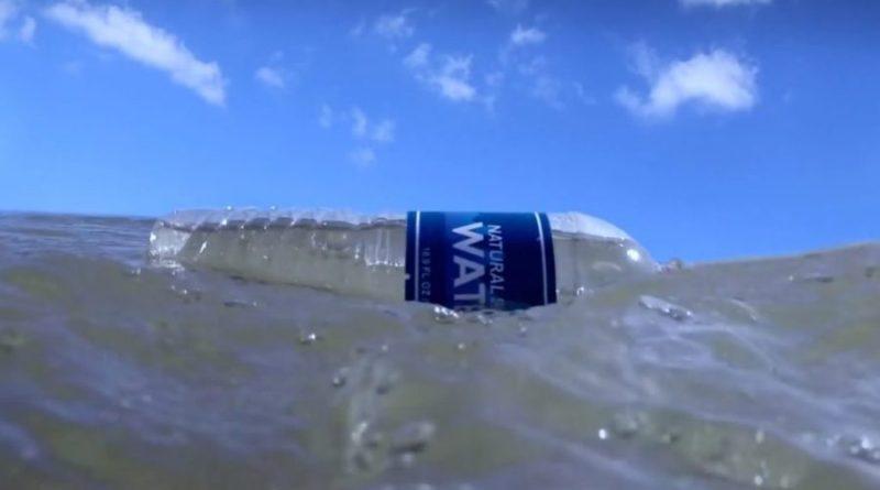 Nie wyrzucajmy bezmyślnie plastikowych butelek