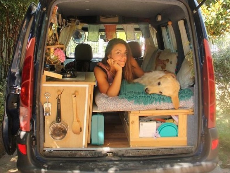 marina-and-her-dog-travel-the-world-in-a-custom-van-photos-29