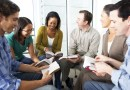 Badanie przeprowadzone przez naukowców z Uniwersytetu w Liverpoolu dowodzi, że wspólne czytanie na głos literatury może być przydatne w łagodzeniu przewlekłych bólów.