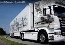 Brytyjscy policjanci zachwyceni malowidłami na polskiej ciężarówce. Przyozdobiono ją obrazami samolotów słynnego Dywizjonu 303