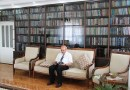 Zamiast papierosów kupował książki. Przez ponad 50 lat zebrał 10 000 tomów