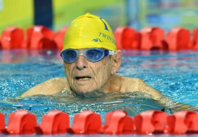 99-letni pływak pobił rekord na 50 metrów