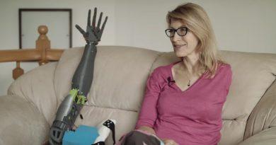 Genialny gimnazjalista z Milanówka wydrukował protezę ręki dla nauczycielki