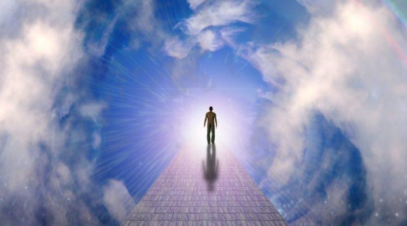 Dusza kontynuuje swoje istnienie po śmierci ciała