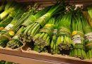 Liście bananowca zamiast plastiku. Ciekawy eksperyment  tajskiego supermarketu