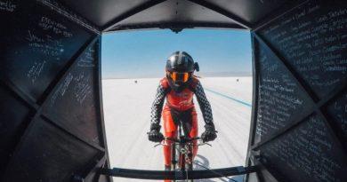 Kobieta została najszybszym człowiekiem na rowerze, osiągając prędkość 183,9 mil na godzinę